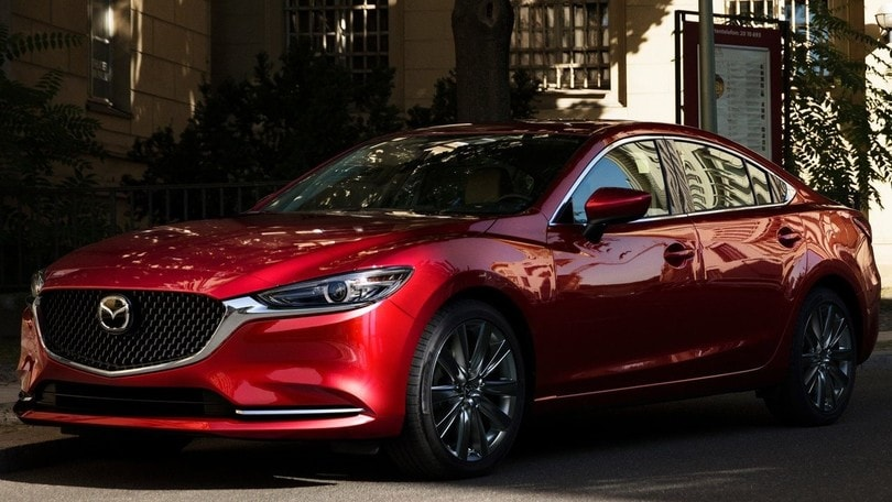 Mazda 6, studia da premium nel 2018