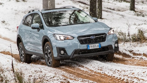 Nuova Subaru XV: l'Impreza si mette in piedi
