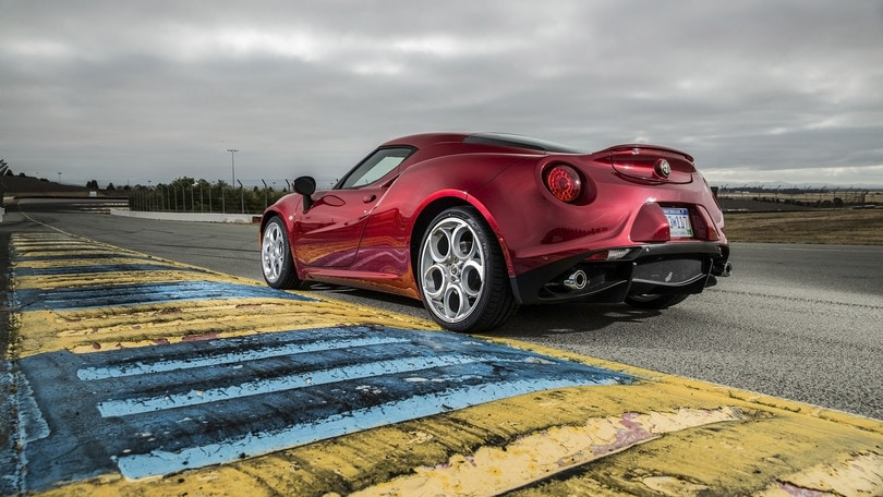 Alfa Romeo 4C, nel 2018 una evoluzione più potente e divertente