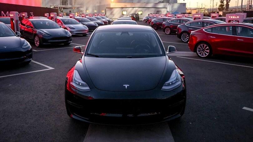 Dual Motor, Tesla Model 3 cerca lo scatto di forza