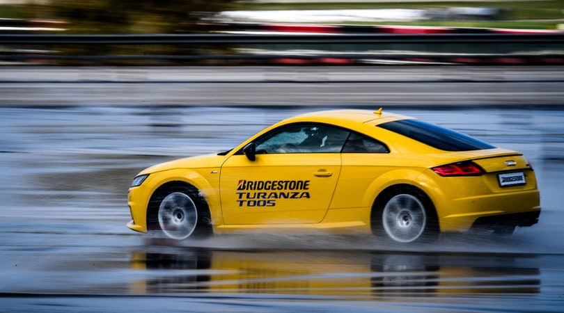 Bridgestone T005, massimo controllo anche in caso di pioggia