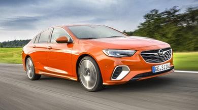 Opel Insignia Gsi, per non rimpiangere la Opc: prova in pista