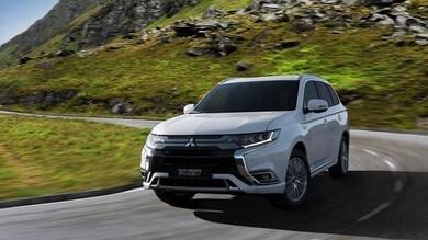 Mitsubishi Outlander Phev, l'ibrido si aggiorna a Ginevra