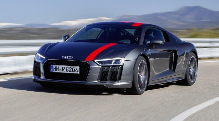Audi R8 RWS, due è anche meglio quattro: la prova
