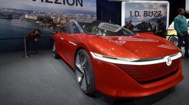 Volkswagen ID Vizzion, l'ammiraglia del futuro è minimal e autonoma