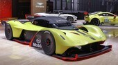 Aston Martin Valkyrie AMR Pro: guerriera da pista