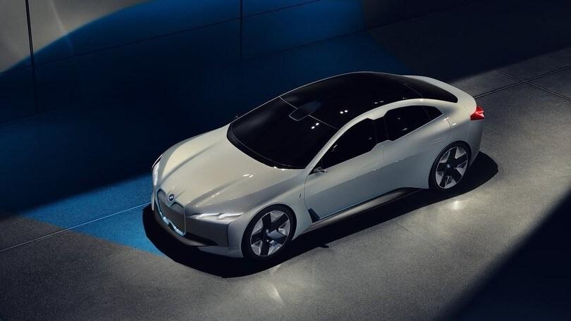 BMW oltre la i Vision: la i4 avrà autonomia da 700 km