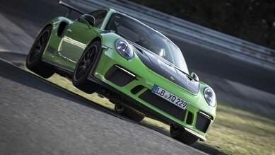 911 GT3 RS, terzo colpo al muro del Nurburgring
