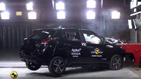 Nissan Leaf, l'elettrica ottiene 5 stelle nei crash test