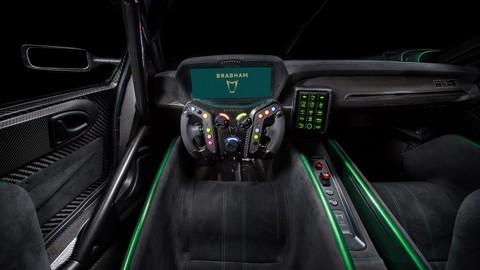 Brabham BT62, il ritorno è sempre in pista: foto