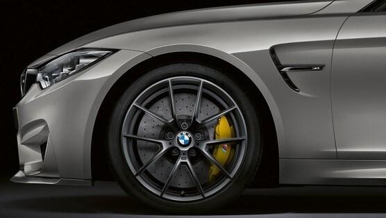 Nuova BMW Serie 3, visioni virtuali con iDrive 7.0