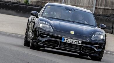Porsche Mission E, approvata anche da Mark Webber