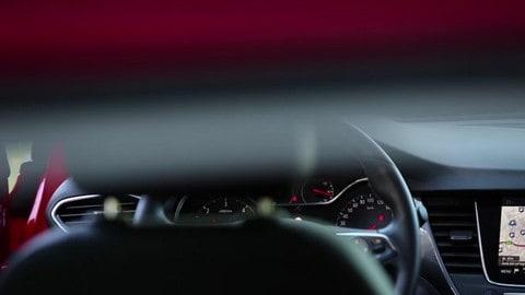 Opel Crossland X. Sicurezza sempre