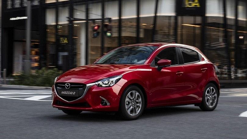 Mazda 2 2018 saluta il Diesel e rilancia con i benzina Euro 6d