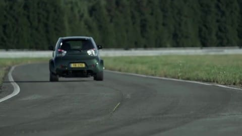 Aston Martin Cygnet V8: il video