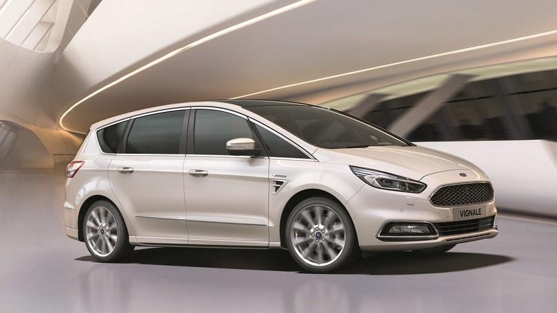 Ford, più grinta a S-Max e Galaxy con l'EcoBlue da 240 cv