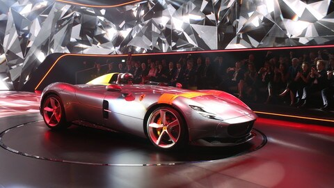 Ferrari Monza SP1 e SP2: video