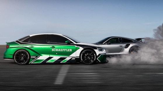 Audi RS3 elettrica da primato, come ti batto la sportiva in retromarcia