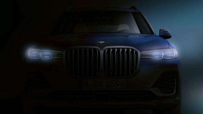 X7, si presenta dell'ammiraglia-SUV di BMW