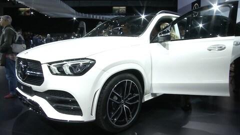 Parigi 2018 - Mercedes EQC - inervista a Eugenio Blasetti