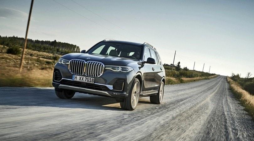 BMW X7, esordio di gran lusso
