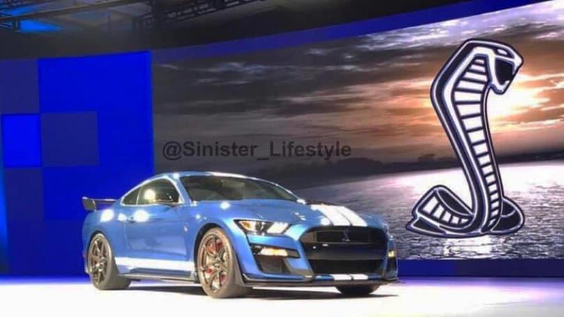 Il Cobra svelato, prima immagine di Mustang Shelby GT500
