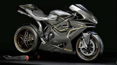 """Rossi boccia le moto elettriche:""""il suono del motore è 2 tempi"""""""