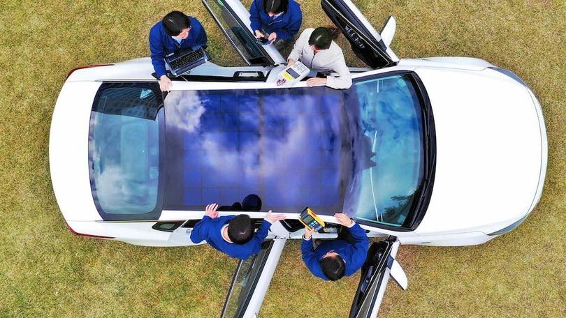 Hyundai-Kia, arriva il tetto solare: nel 2019 debutta sulle ibride