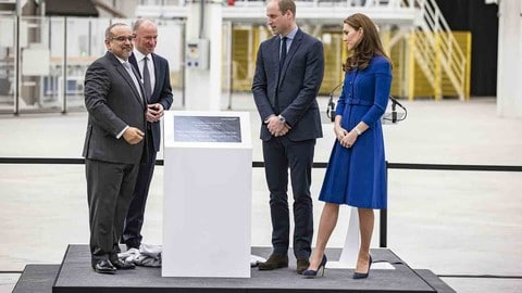 William e Kate al McLaren Composites Technolgy Centre