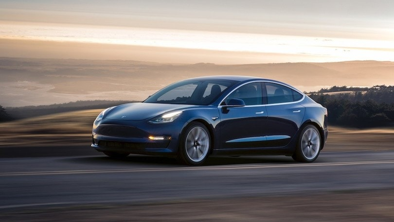 Tesla Model 3, le specifiche europee della Dual Motor