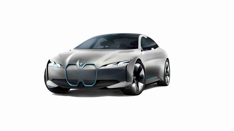 Grandi manovre, BMW investe 200 milioni per i4