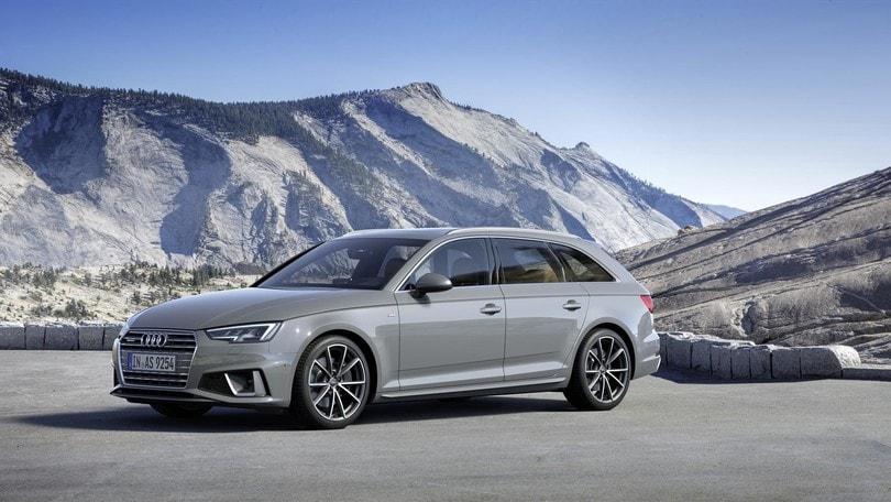 Audi A4, novità mild hybrid con il turbo benzina
