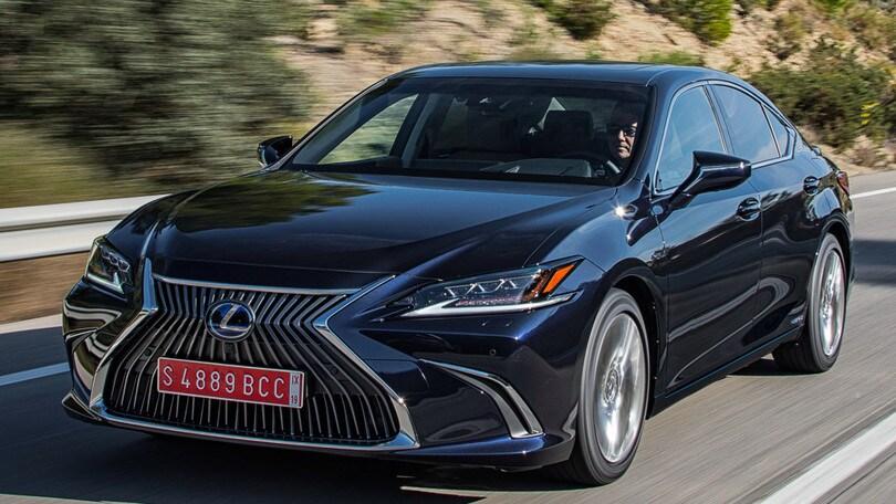 Lexus ES, la prova completa
