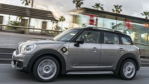 VIDEO: Test Mini Countryman Plug In Hybrid