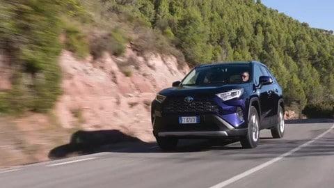 VIDEO: Toyota RAV4, il grande salto della quinta generazione