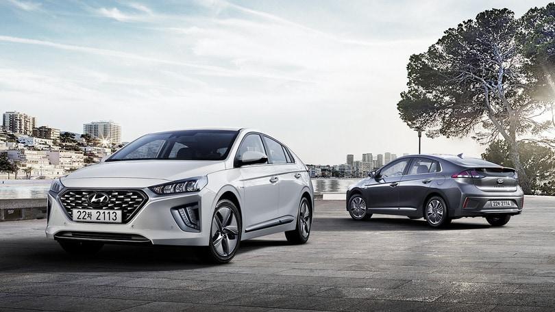 Hyundai Ioniq 2019, l'ibrido si rinnova