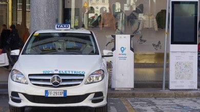 Torino, Evway regala ai taxi un anno di carica