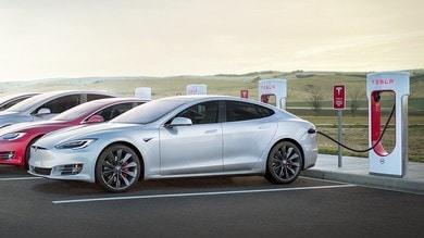 Tesla: nuovi Supercharger V3 accorciano i tempi di ricarica