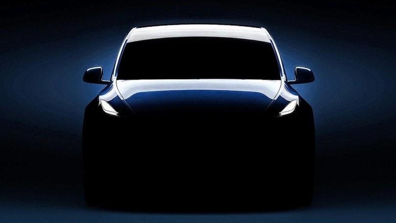 Tesla Model Y in rampa di lancio, novità Superchargers V3