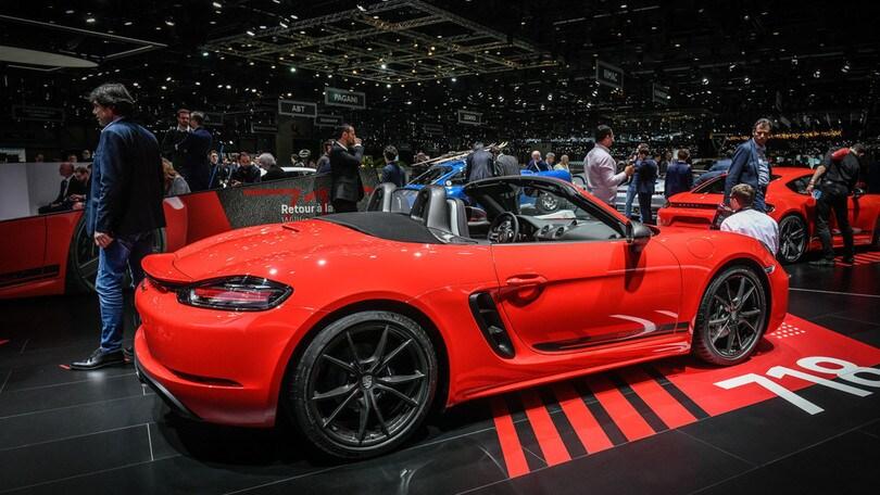 Porsche, Blume apre all'elettrico per Boxster e Macan