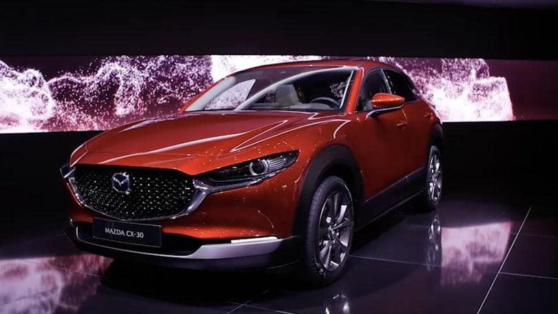 Video: Salone di Ginevra Mazda CX30