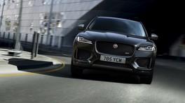 Jaguar F-Pace, serie 300 Sport e Chequered Flag: foto