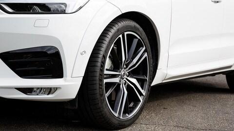 Michelin Pilot Sport 4 SUV: le foto su Volvo e Mercedes