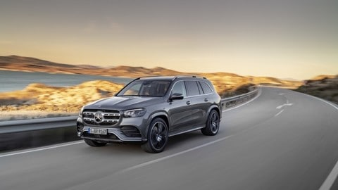 Nuova Mercedes GLS: foto