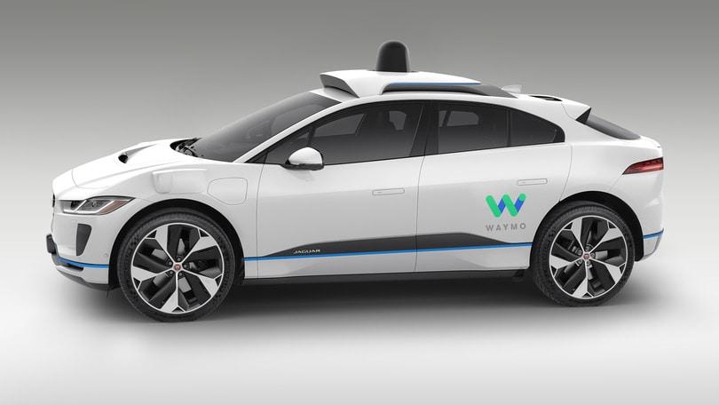 Waymo, fabbrica a Detroit per la guida autonoma