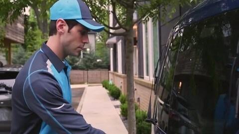 Video: Amazon Prime e Ford, la consegna dei pacchi in auto