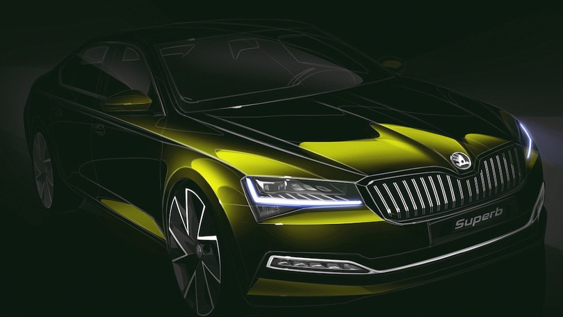 Skoda Superb Restyling Al Passo Dell'ibrido Plug-in