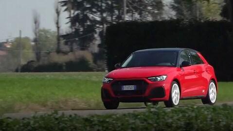 Audi A1 Sportback 30 TSI S Line: la prova al volante VIDEO