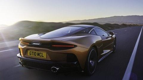McLaren GT: le foto