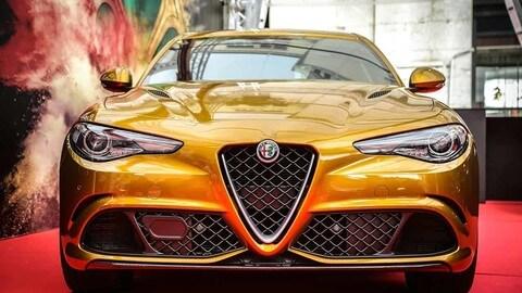 Alfa Romeo Giulia Quadrifoglio Ocra: le foto
